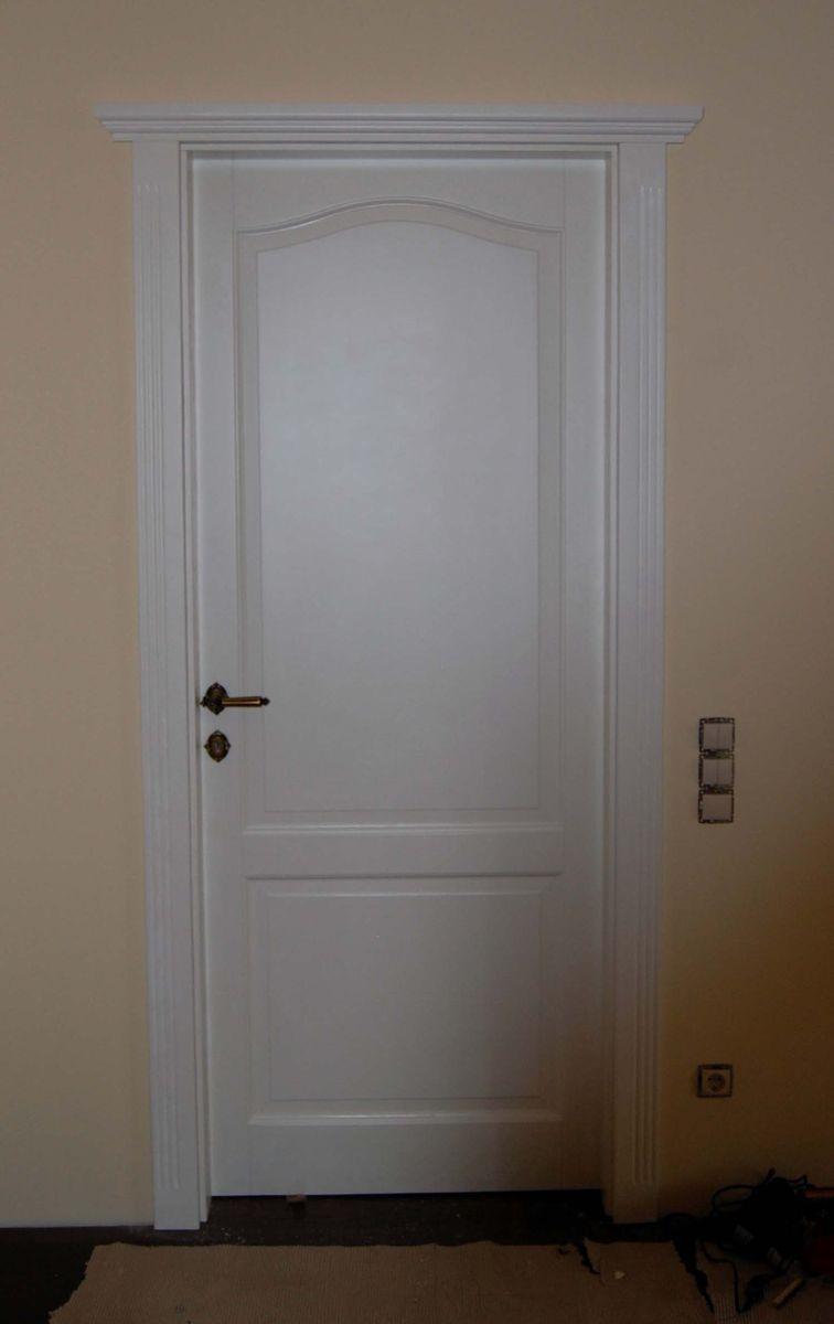 koronás fa beltéri ajtó